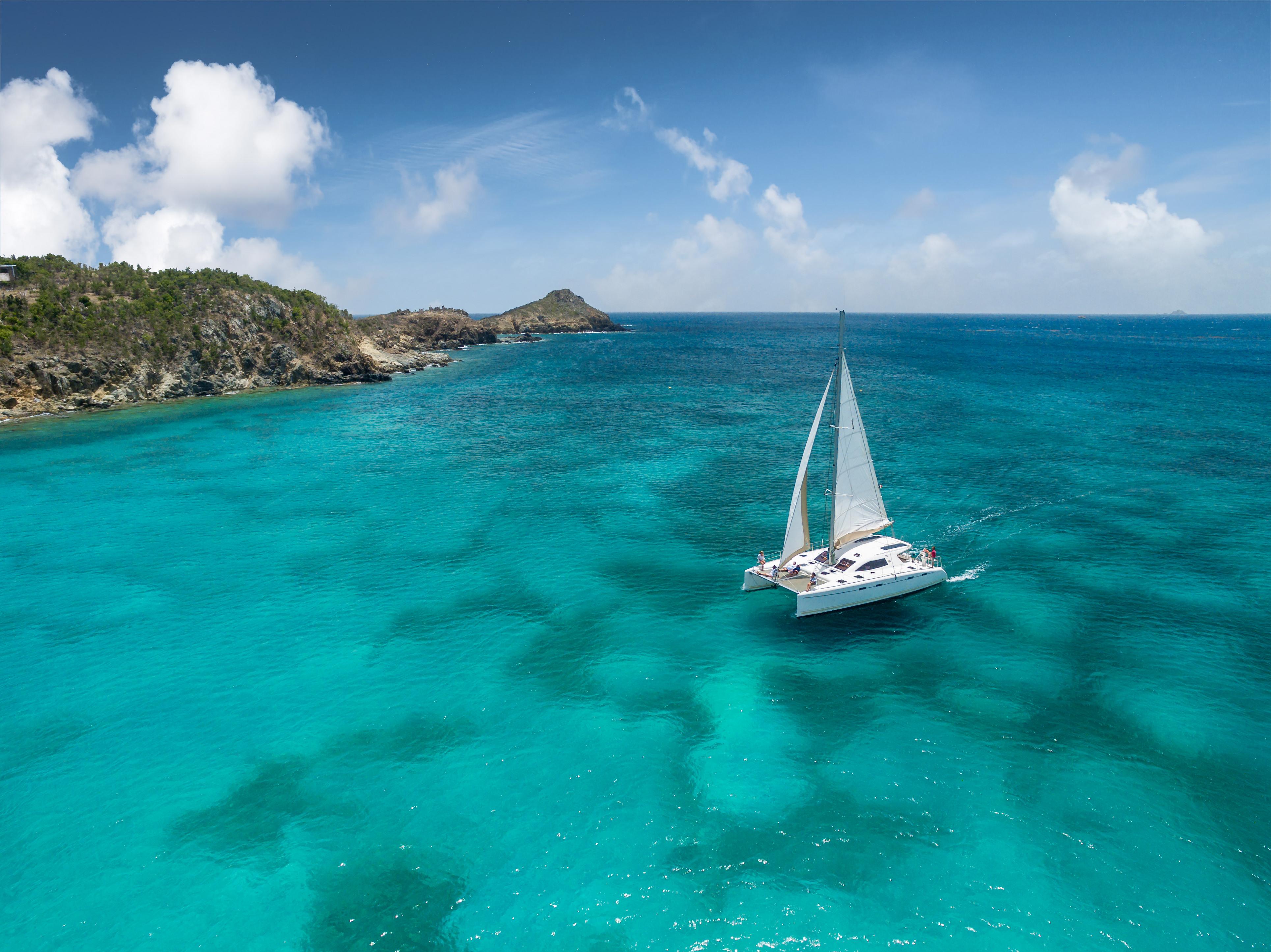 Saint Barth Sailing – Luxury catamaran St Barts rental